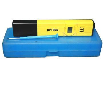 Máy đo độ pH cầm tay