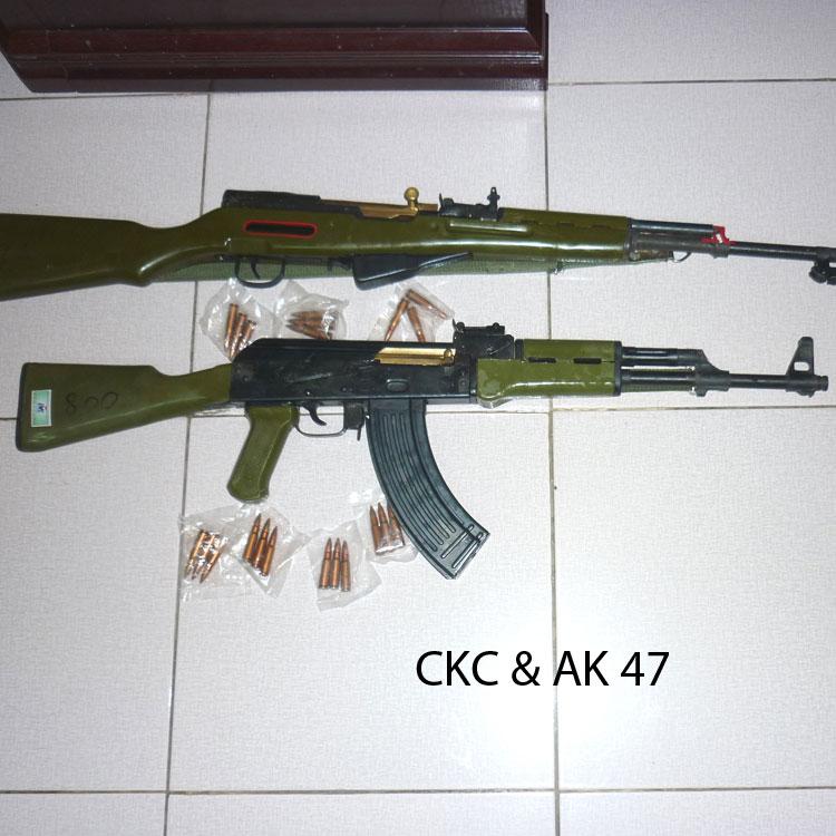 Mô hình súng tiểu liên AK47 cắt bổ